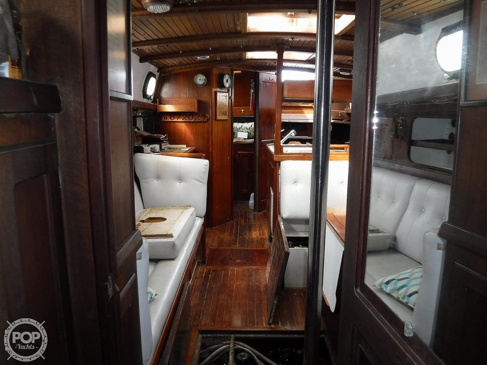 1977 Westsail boat for sale, model of the boat is 43 & Image # 14 of 40