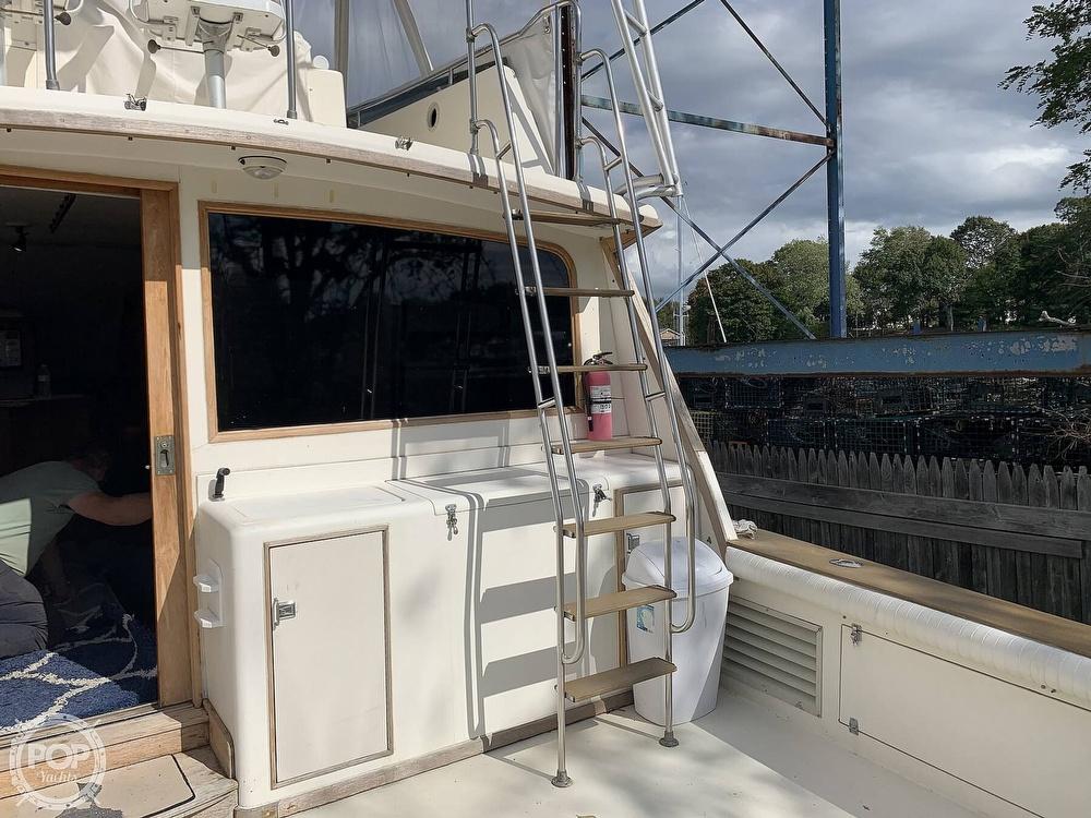 1988 Egg Harbor boat for sale, model of the boat is 43 Sportfish & Image # 8 of 40