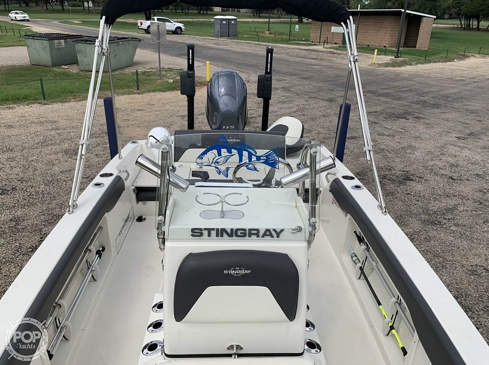 2018 Stingray boat for sale, model of the boat is 186 CC & Image # 4 of 40