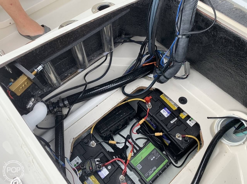 2018 Stingray boat for sale, model of the boat is 186 CC & Image # 16 of 40