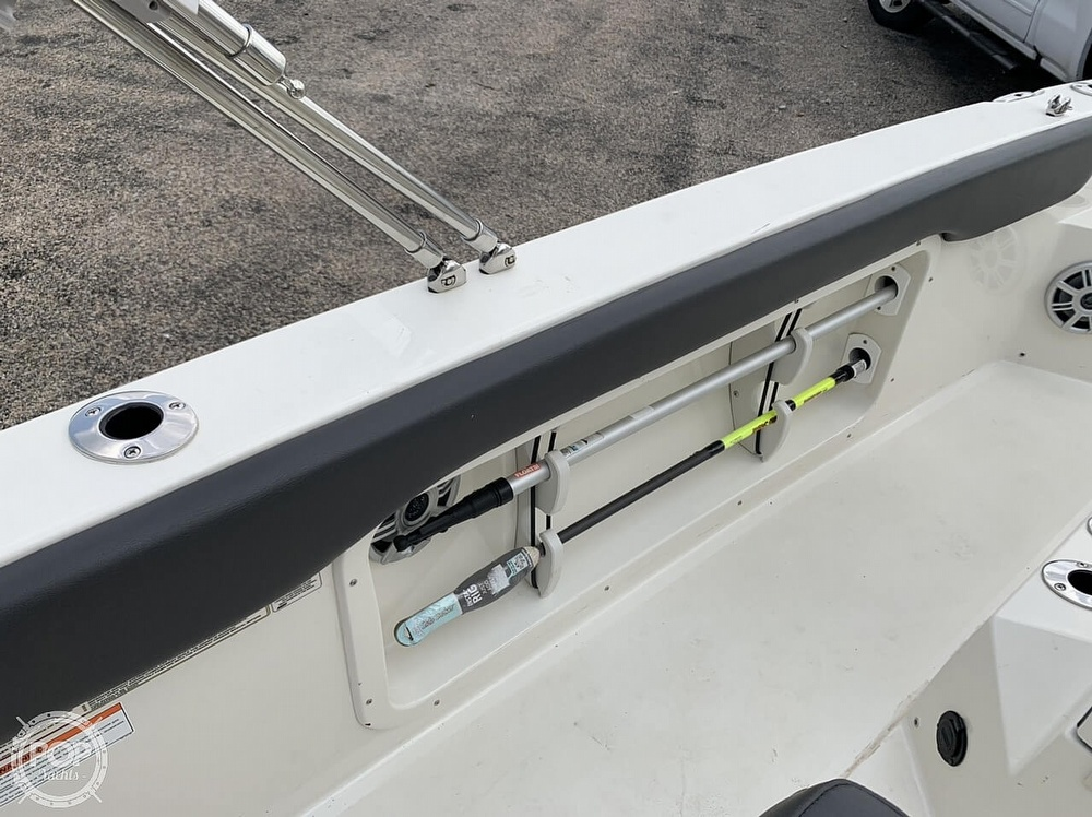 2018 Stingray boat for sale, model of the boat is 186 CC & Image # 28 of 40