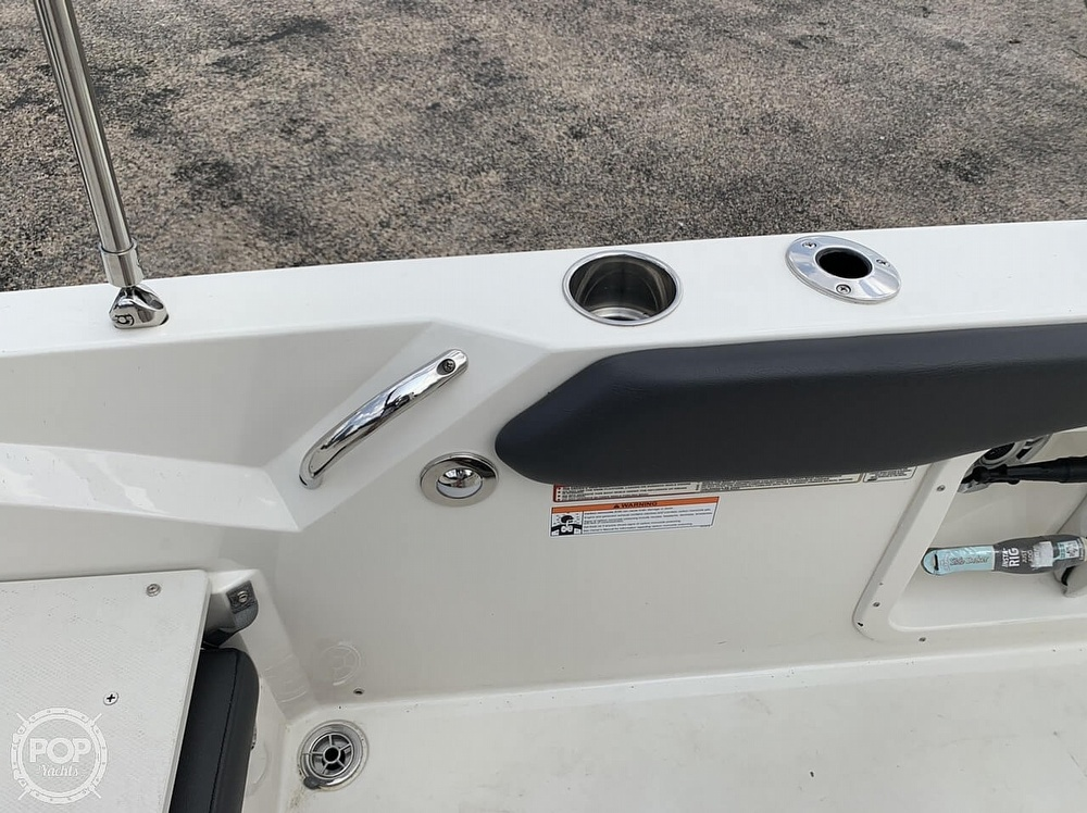 2018 Stingray boat for sale, model of the boat is 186 CC & Image # 30 of 40
