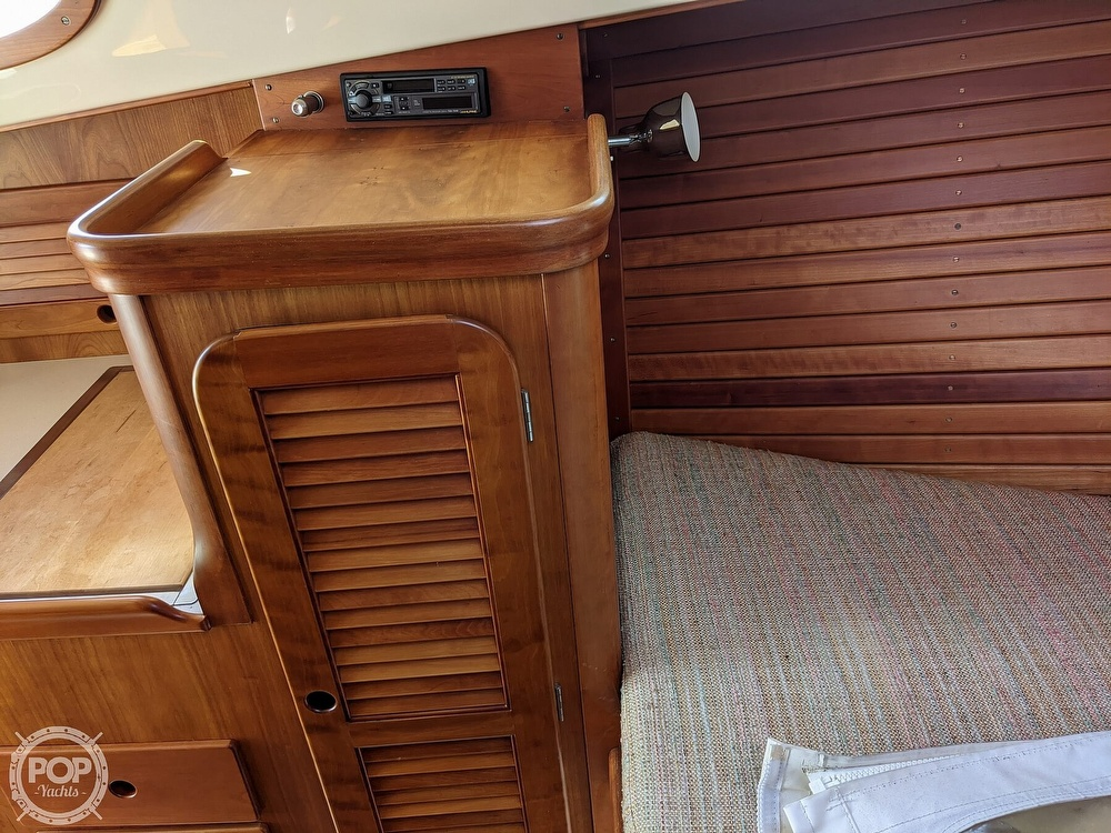 1999 Hinckley boat for sale, model of the boat is 36 Picnic & Image # 20 of 40