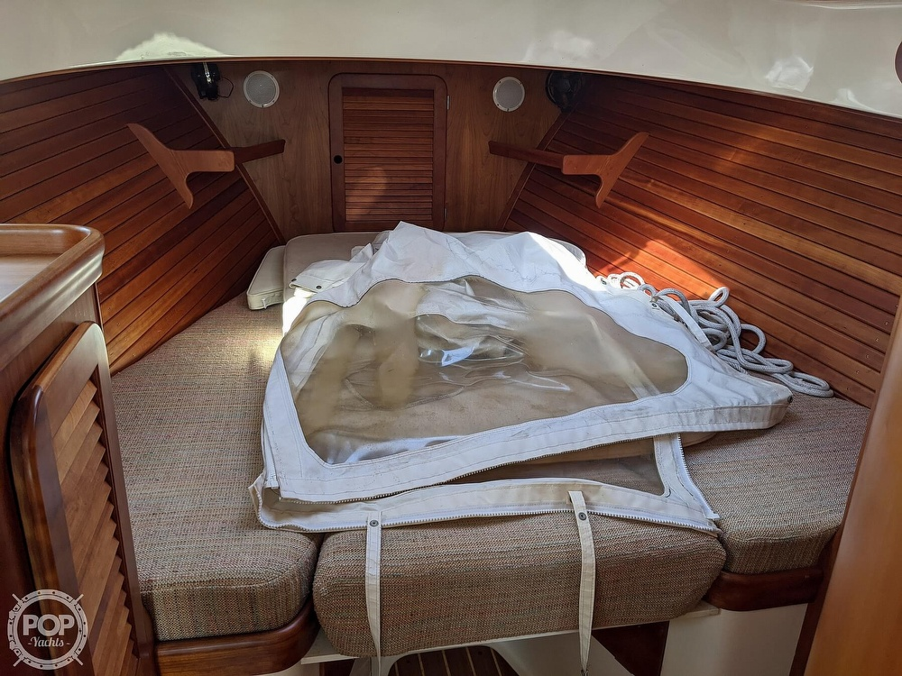 1999 Hinckley boat for sale, model of the boat is 36 Picnic & Image # 21 of 40