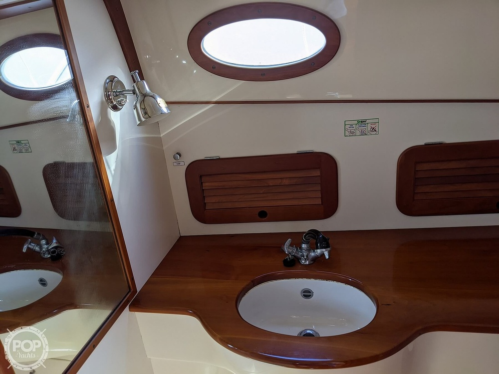 1999 Hinckley boat for sale, model of the boat is 36 Picnic & Image # 32 of 40