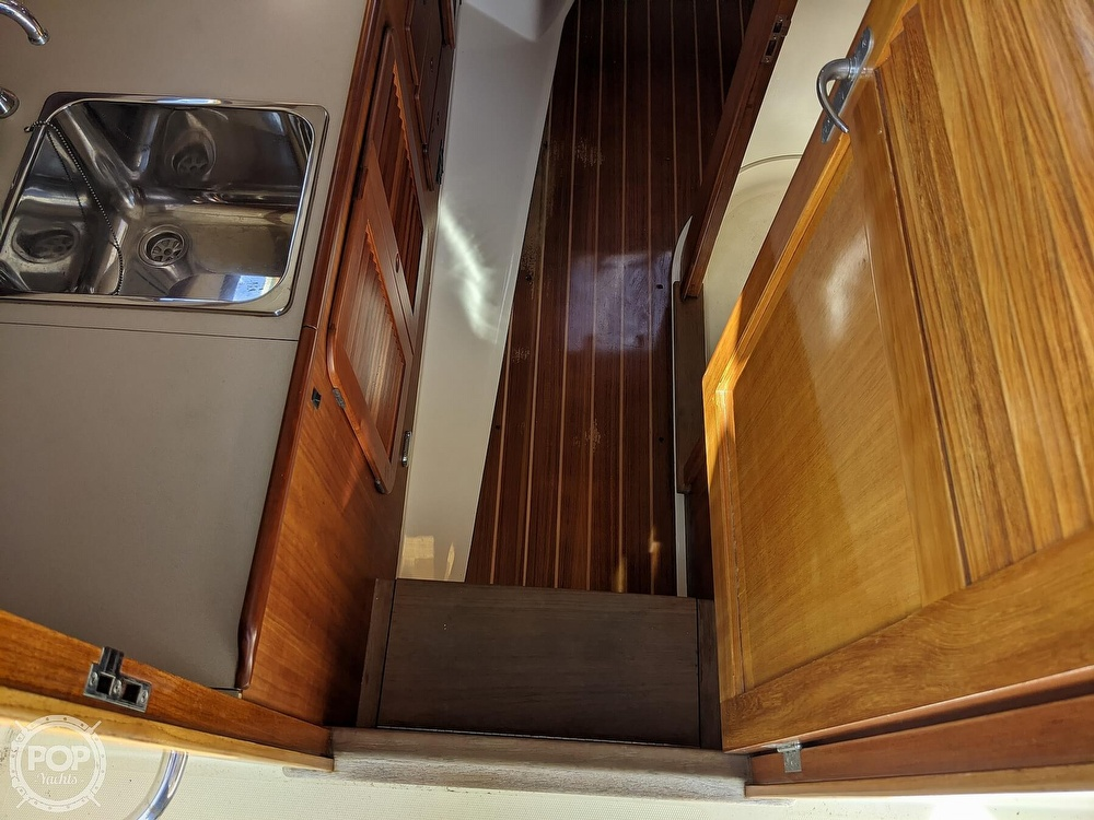 1999 Hinckley boat for sale, model of the boat is 36 Picnic & Image # 33 of 40