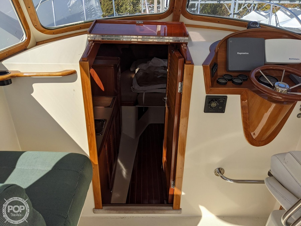 1999 Hinckley boat for sale, model of the boat is 36 Picnic & Image # 35 of 40