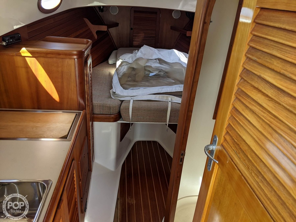 1999 Hinckley boat for sale, model of the boat is 36 Picnic & Image # 36 of 40