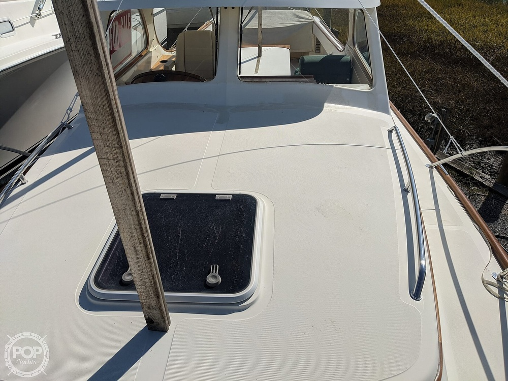 1999 Hinckley boat for sale, model of the boat is 36 Picnic & Image # 37 of 40