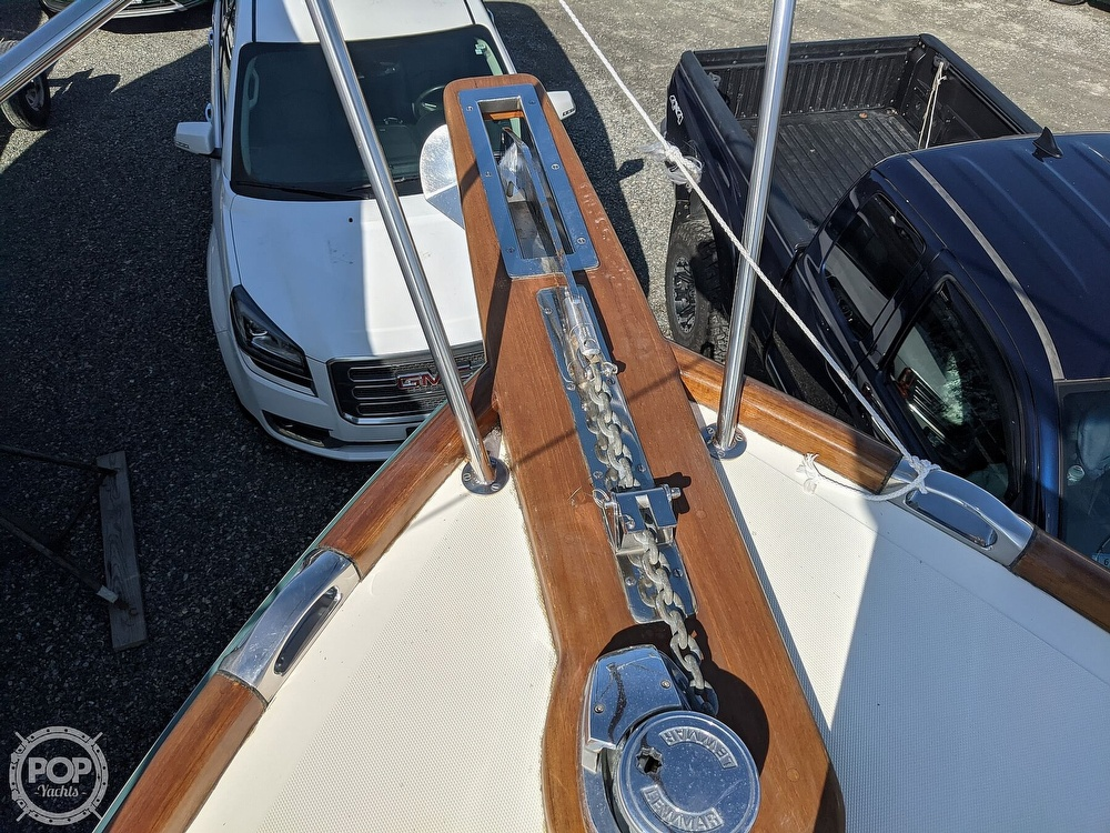 1999 Hinckley boat for sale, model of the boat is 36 Picnic & Image # 39 of 40