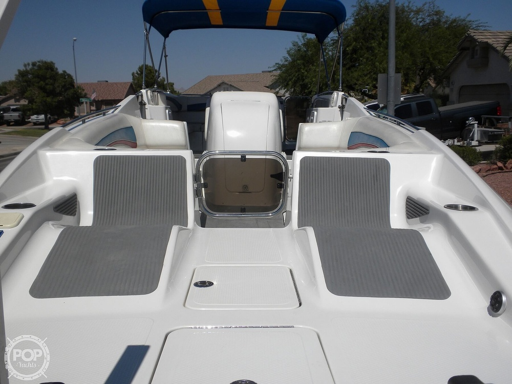 2007 Advantage boat for sale, model of the boat is Party Cat 27 LX & Image # 19 of 40
