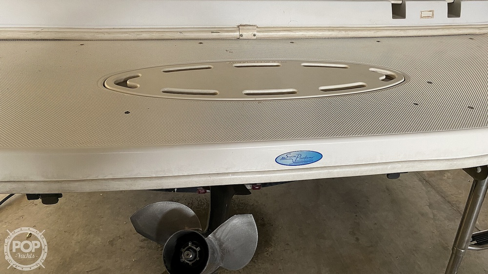 2000 Hurricane boat for sale, model of the boat is Fun Deck 201 & Image # 12 of 31