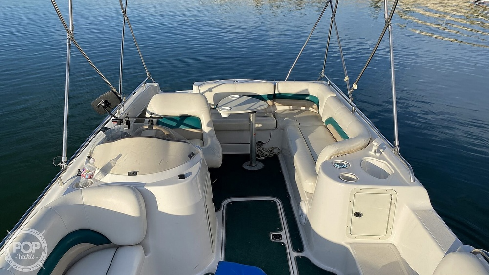 2000 Hurricane boat for sale, model of the boat is Fun Deck 201 & Image # 20 of 31