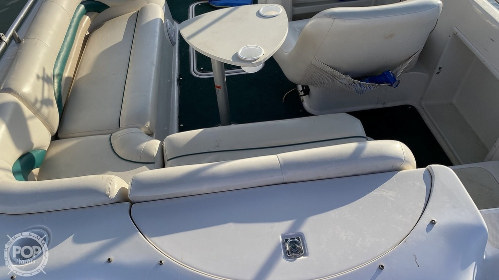 2000 Hurricane boat for sale, model of the boat is Fun Deck 201 & Image # 26 of 31