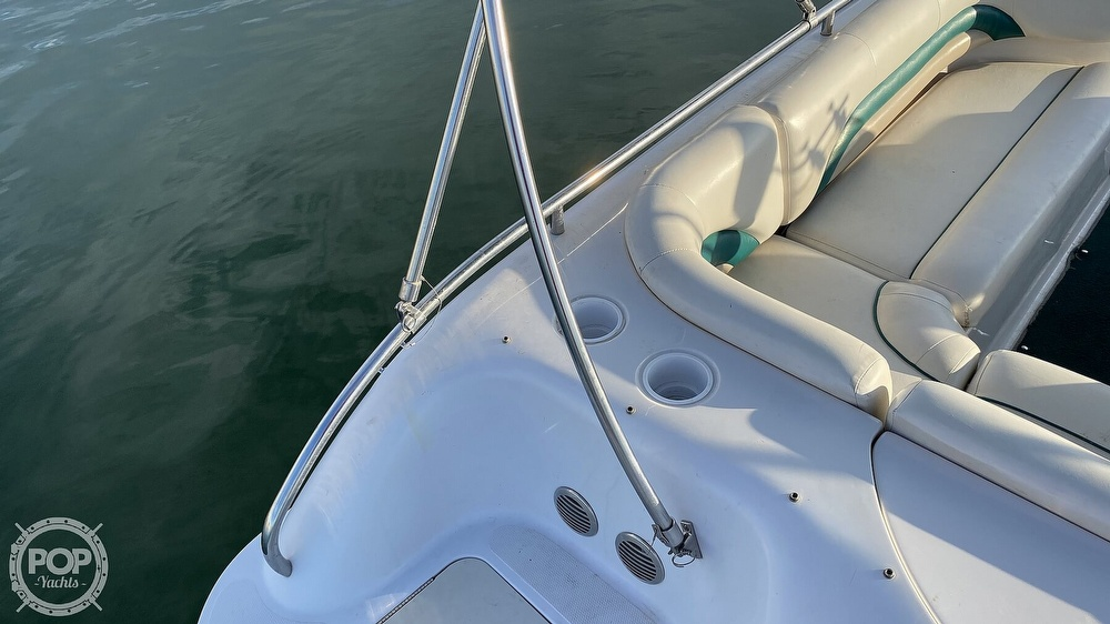 2000 Hurricane boat for sale, model of the boat is Fun Deck 201 & Image # 27 of 31