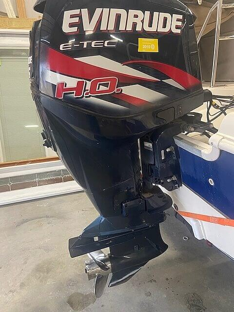 2009 Hurricane boat for sale, model of the boat is 236RE & Image # 5 of 27