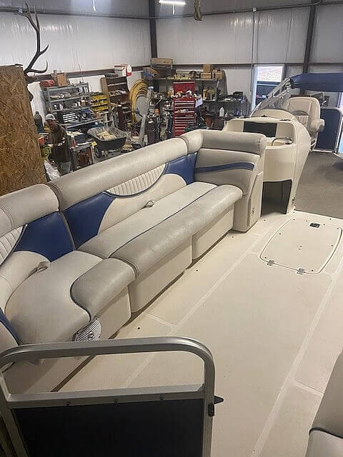 2009 Hurricane boat for sale, model of the boat is 236RE & Image # 7 of 27