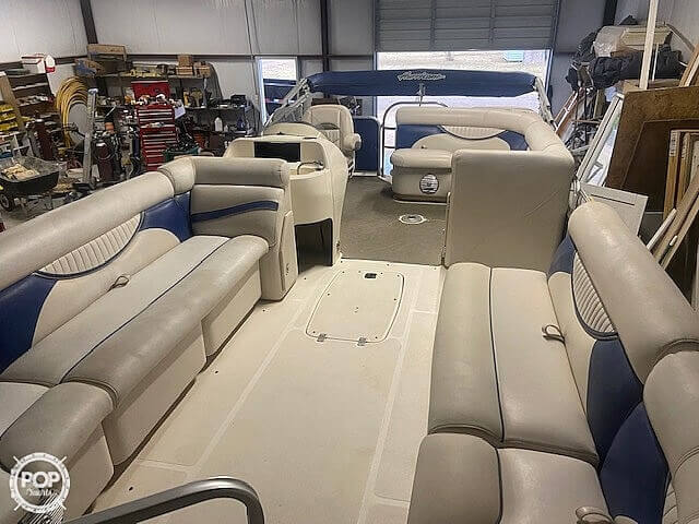 2009 Hurricane boat for sale, model of the boat is 236RE & Image # 8 of 27