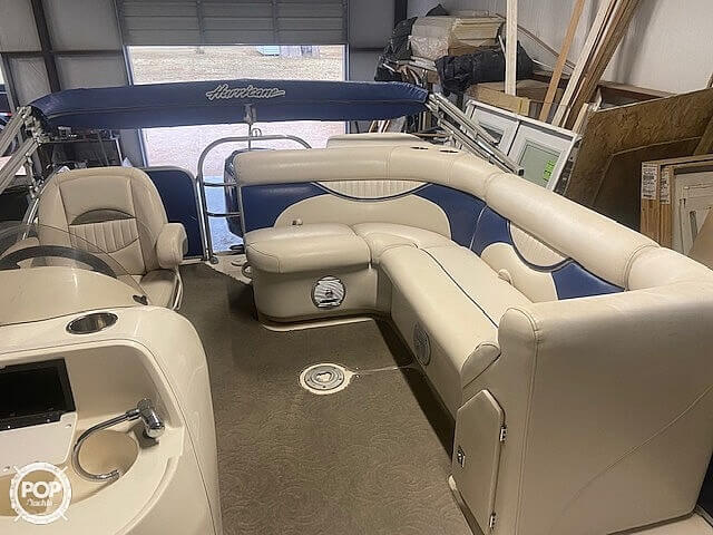 2009 Hurricane boat for sale, model of the boat is 236RE & Image # 9 of 27