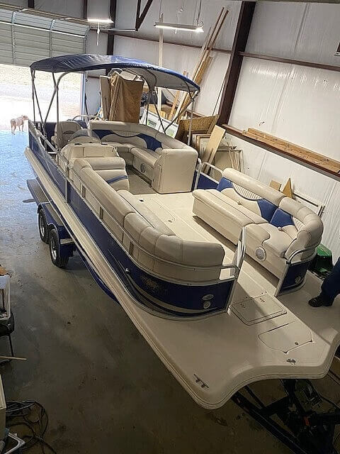 2009 Hurricane boat for sale, model of the boat is 236RE & Image # 21 of 27