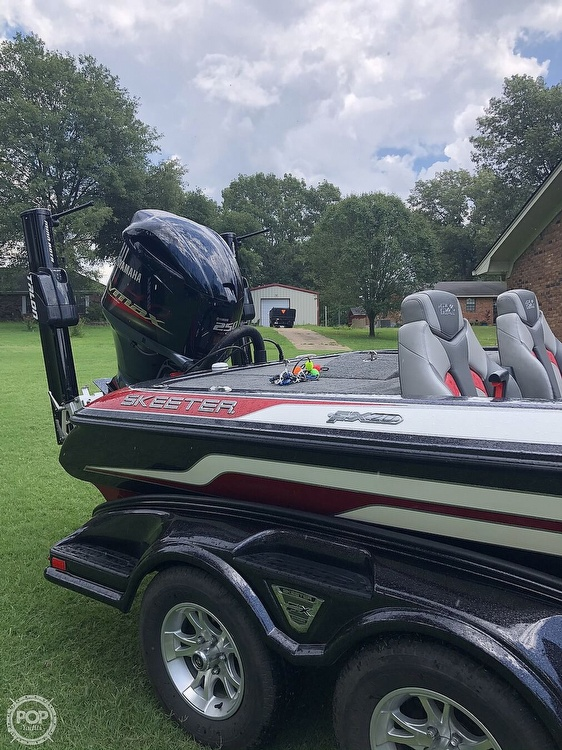 2017 Skeeter boat for sale, model of the boat is FX20 & Image # 17 of 24