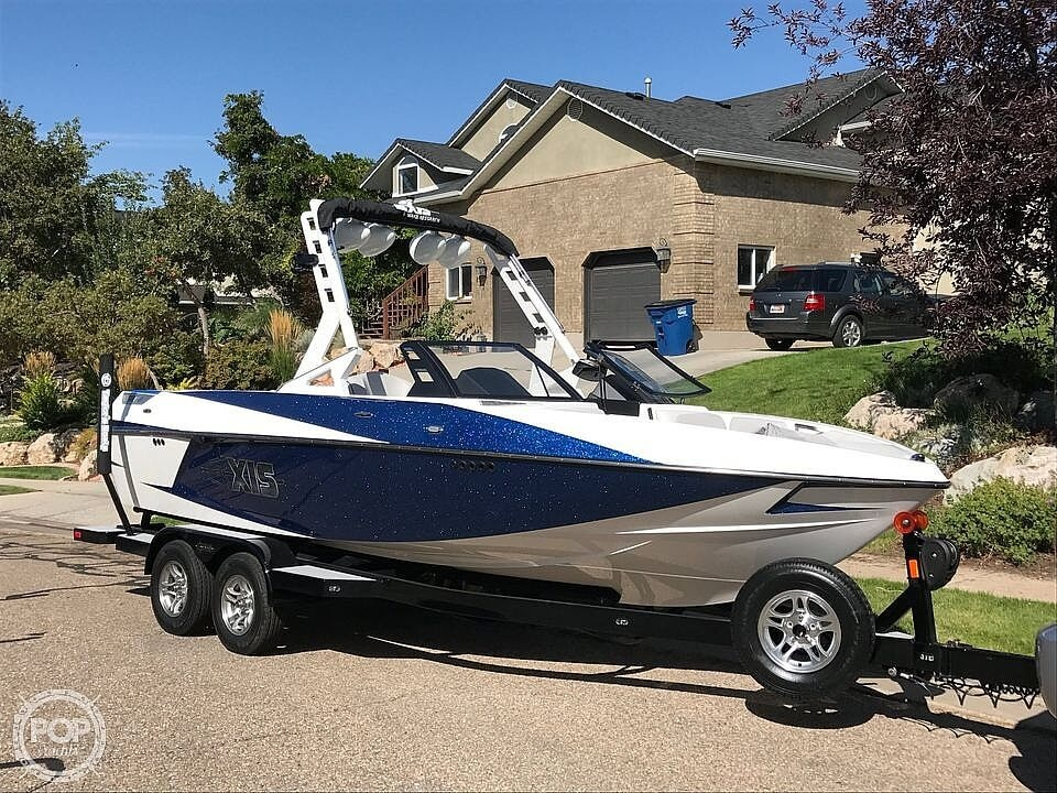 2017 Axis boat for sale, model of the boat is T22 & Image # 21 of 40