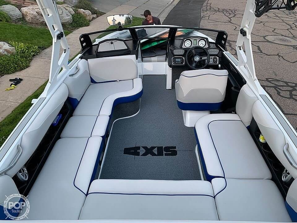 2017 Axis boat for sale, model of the boat is T22 & Image # 33 of 40