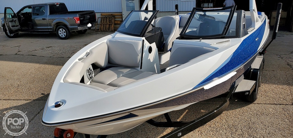 2017 Axis boat for sale, model of the boat is T22 & Image # 16 of 40