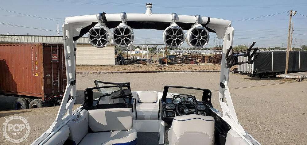 2017 Axis boat for sale, model of the boat is T22 & Image # 14 of 40