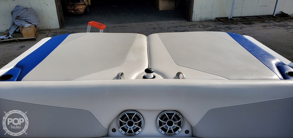 2017 Axis boat for sale, model of the boat is T22 & Image # 13 of 40