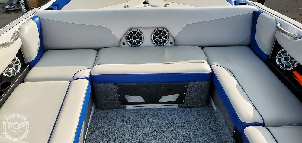2017 Axis boat for sale, model of the boat is T22 & Image # 12 of 40