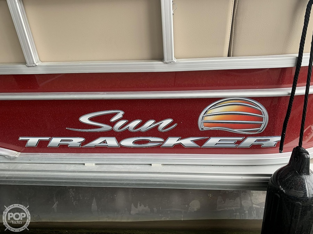 2019 Sun Tracker boat for sale, model of the boat is Party Barge 24 DXL & Image # 24 of 40