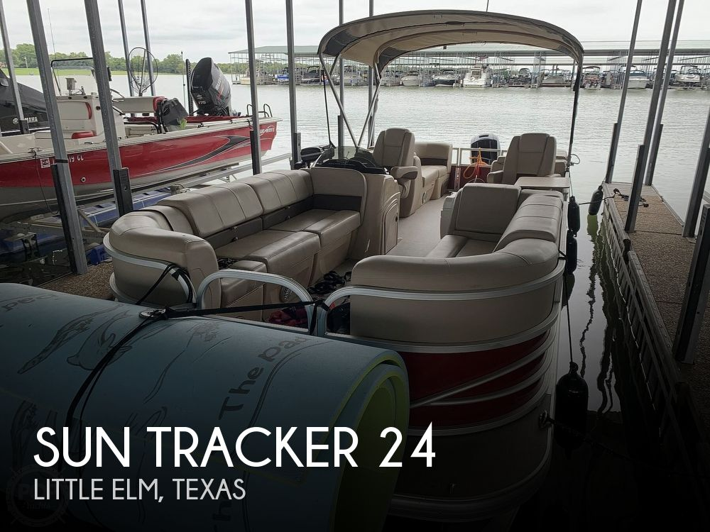 2019 Sun Tracker boat for sale, model of the boat is Party Barge 24 DXL & Image # 1 of 40