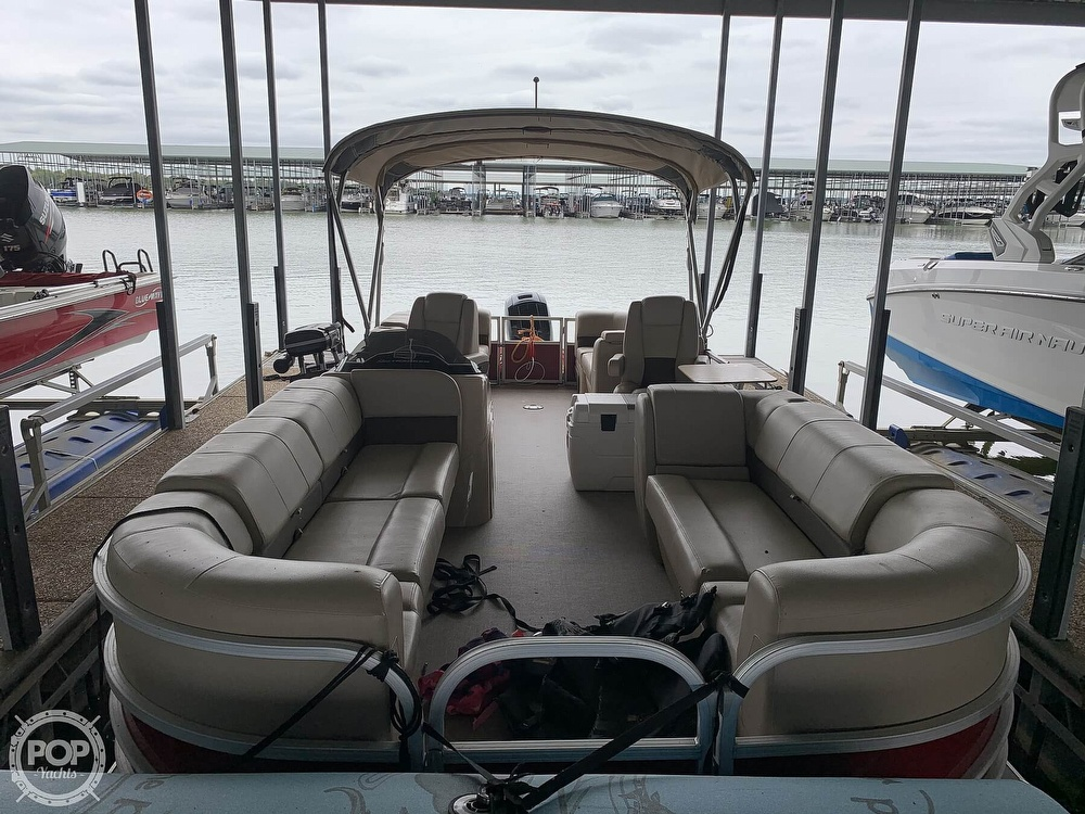 2019 Sun Tracker boat for sale, model of the boat is Party Barge 24 DXL & Image # 3 of 40