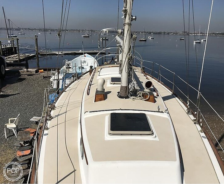 1982 Cape Dory boat for sale, model of the boat is 36 Cutter & Image # 3 of 9