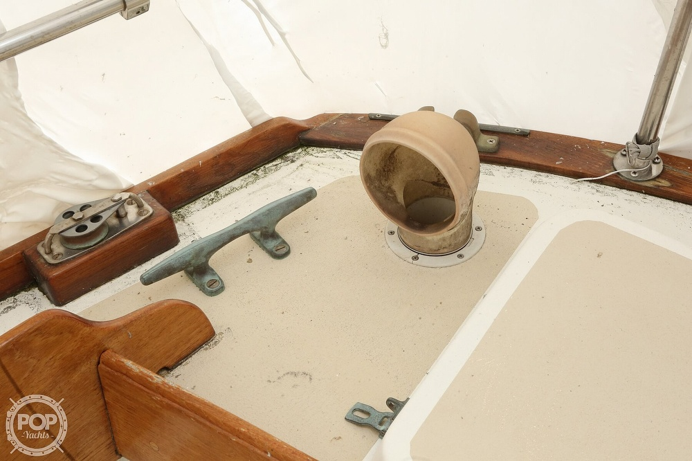 1982 Cape Dory boat for sale, model of the boat is 36 Cutter & Image # 18 of 40