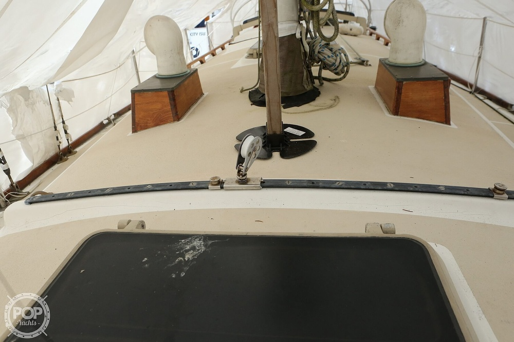 1982 Cape Dory boat for sale, model of the boat is 36 Cutter & Image # 37 of 40