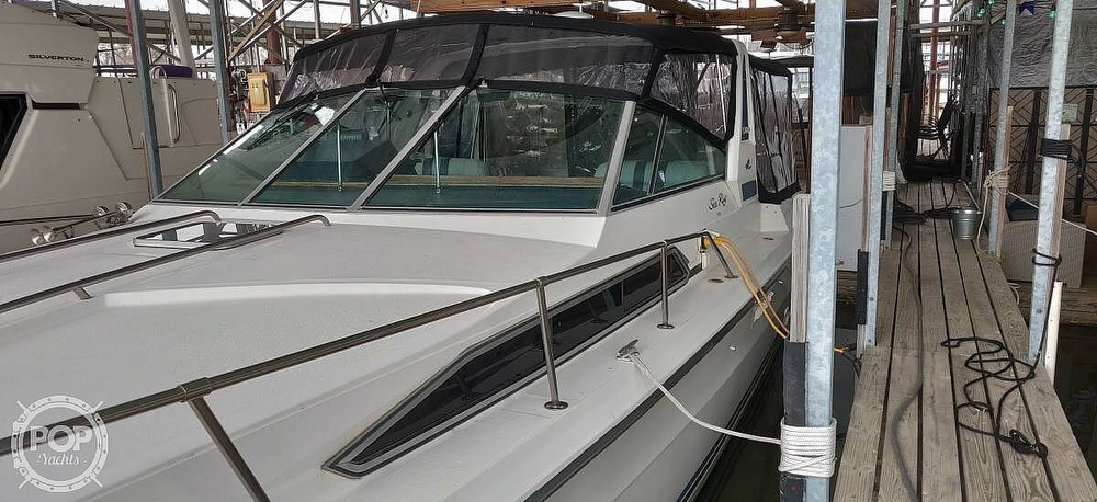 1988 Sea Ray boat for sale, model of the boat is 340 Express Cruiser & Image # 37 of 40