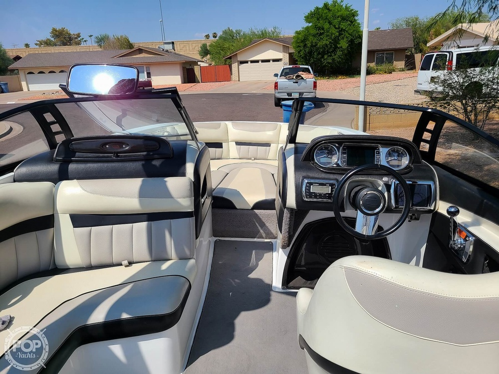 2013 Malibu boat for sale, model of the boat is 24 MXZ Wakesetter & Image # 22 of 40