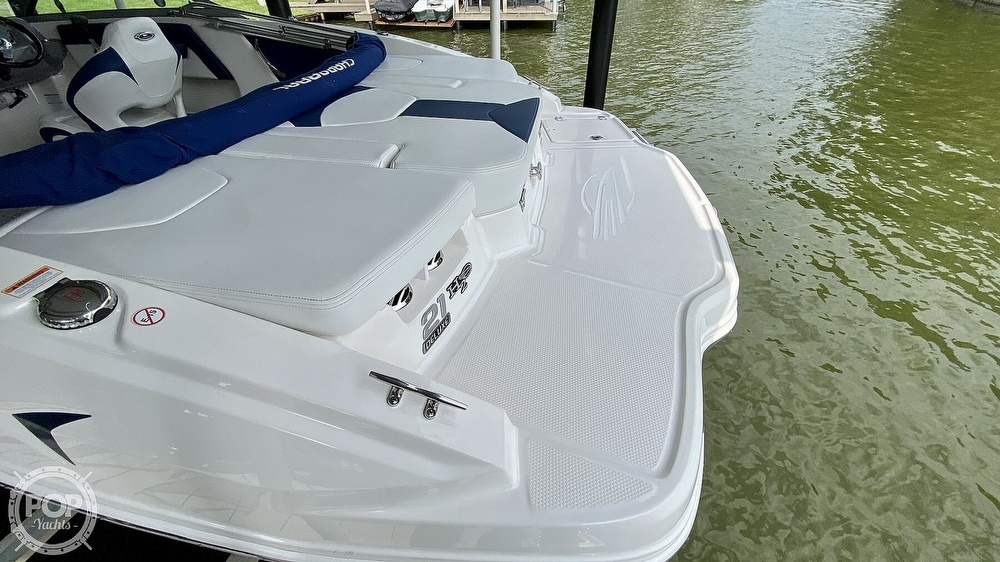 2014 Chaparral boat for sale, model of the boat is H2O 21 Deluxe & Image # 5 of 40