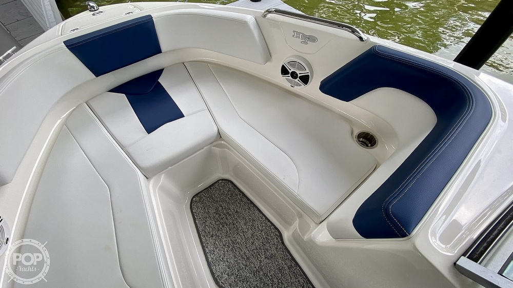 2014 Chaparral boat for sale, model of the boat is H2O 21 Deluxe & Image # 33 of 40