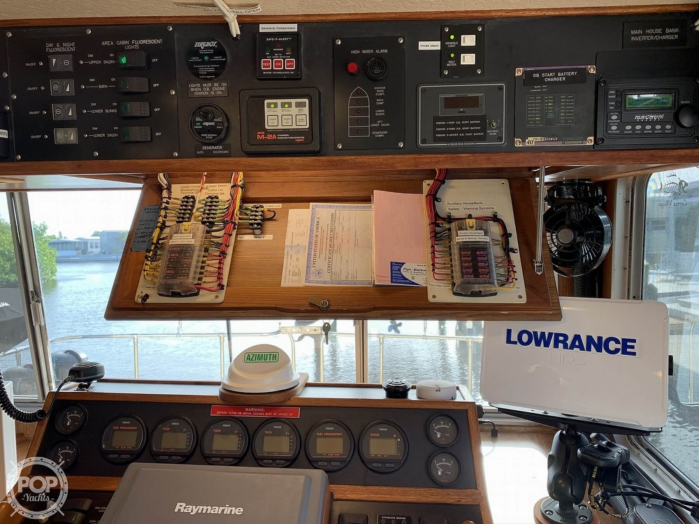 1987 Holiday Mansion boat for sale, model of the boat is 38 Coastal Barracuda & Image # 18 of 40