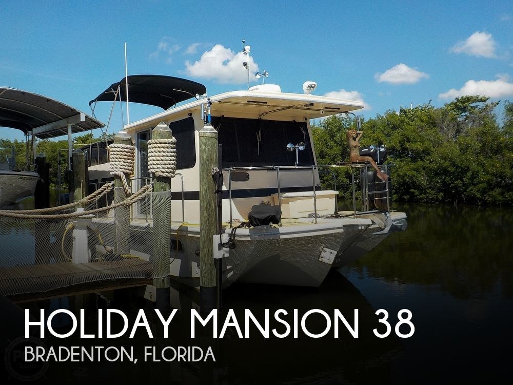 1987 Holiday Mansion boat for sale, model of the boat is 38 Coastal Barracuda & Image # 1 of 40