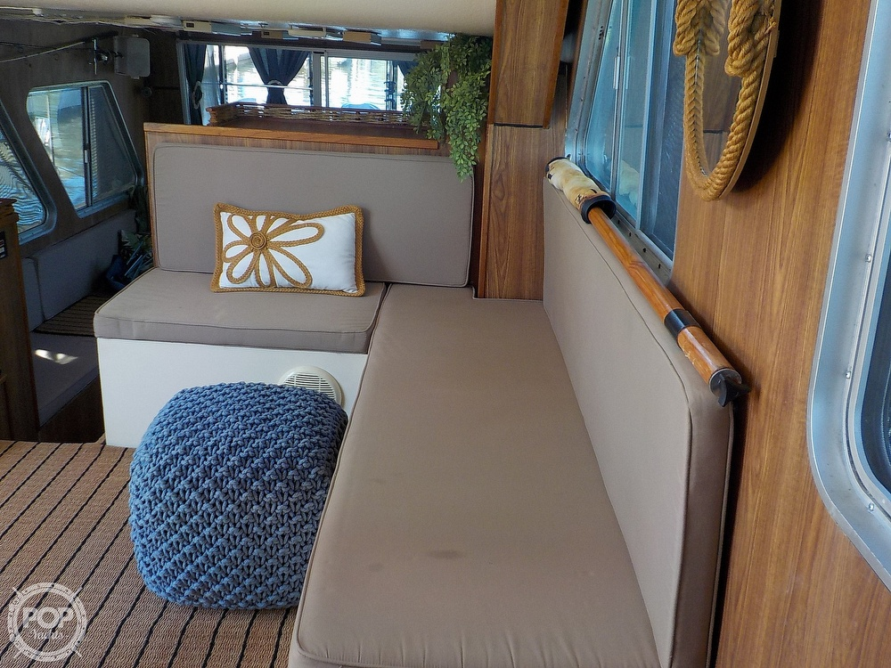1987 Holiday Mansion boat for sale, model of the boat is 38 Coastal Barracuda & Image # 9 of 40