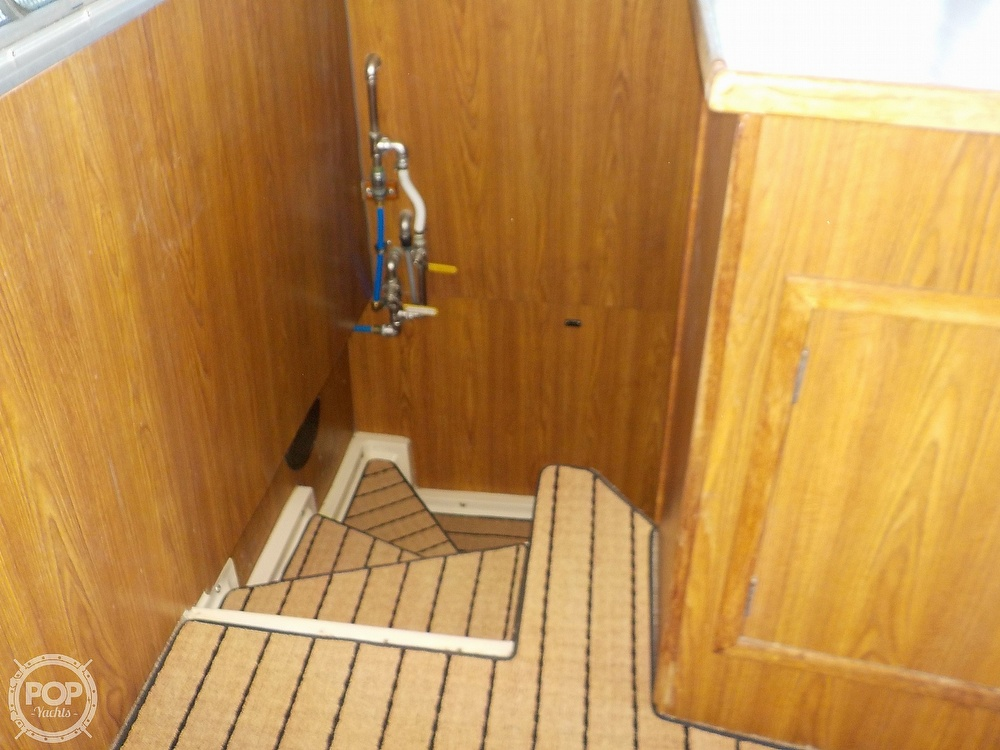 1987 Holiday Mansion boat for sale, model of the boat is 38 Coastal Barracuda & Image # 20 of 40