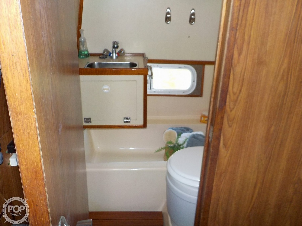 1987 Holiday Mansion boat for sale, model of the boat is 38 Coastal Barracuda & Image # 21 of 40