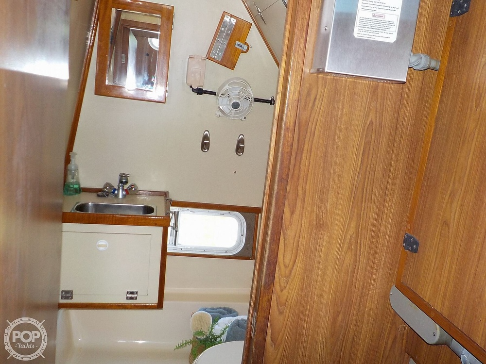 1987 Holiday Mansion boat for sale, model of the boat is 38 Coastal Barracuda & Image # 22 of 40