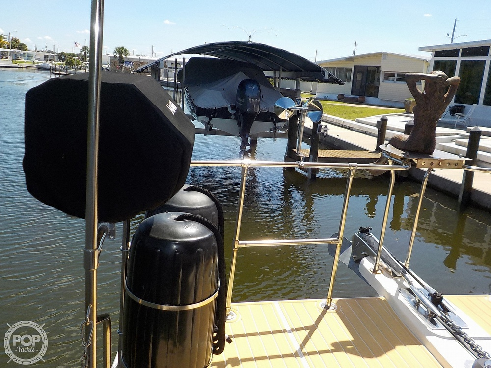 1987 Holiday Mansion boat for sale, model of the boat is 38 Coastal Barracuda & Image # 27 of 40