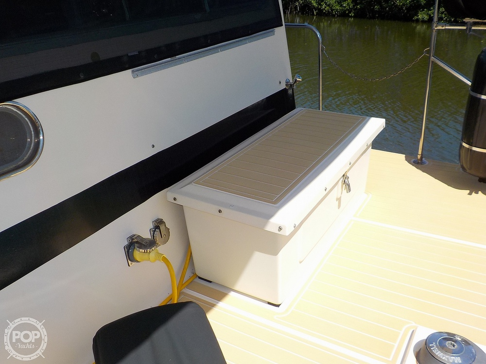 1987 Holiday Mansion boat for sale, model of the boat is 38 Coastal Barracuda & Image # 29 of 40