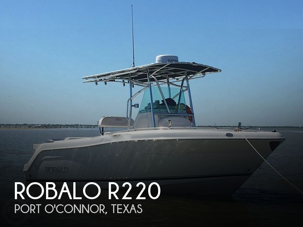 2010 Robalo boat for sale, model of the boat is R220 & Image # 1 of 40